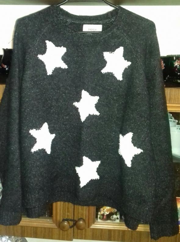 Swetry Sweter w gwiazdki