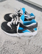 Nike Air Huarache Run 315...