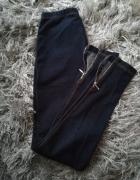Legginsy imitujące jeans New Look...