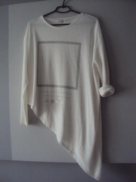 asymeytyczny cienki sweterek...