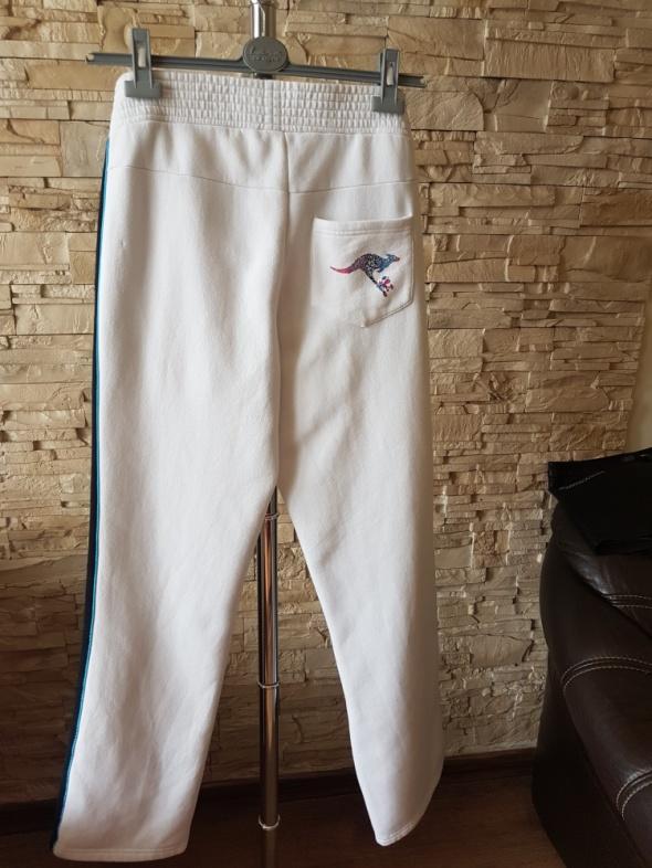 Spodnie dresowe KANGAROOS