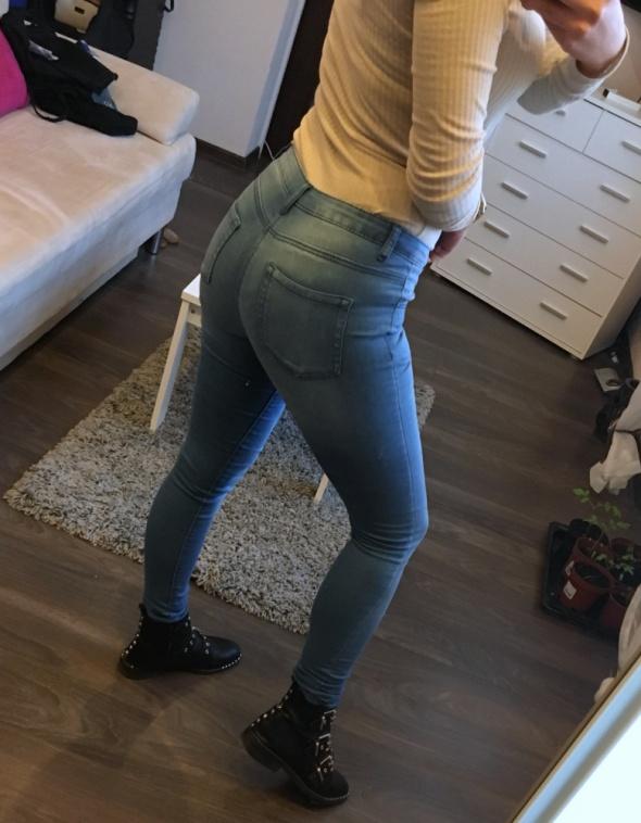 Jeansowe rurki Denim Co XS...
