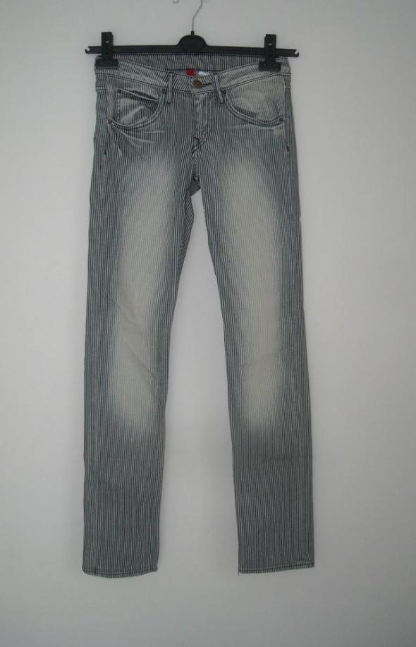 jeansy paski h&m 8 s