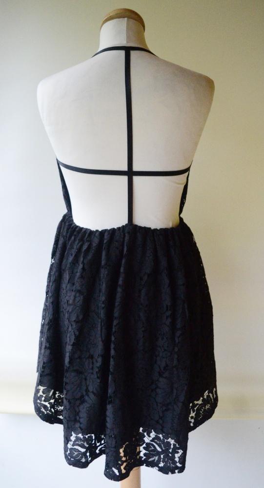 Sukienka Czarna Koronkowa Odkryte Plecy NA KD S 36