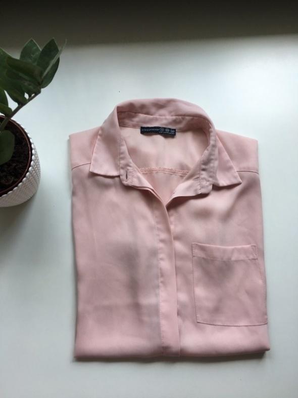 pastelowa koszula delikatna pudrowy róż