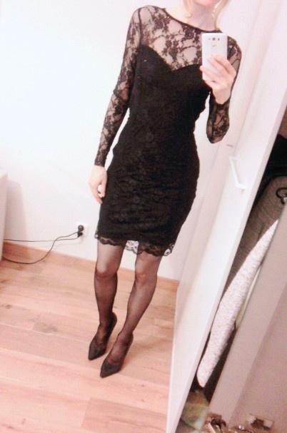 Sukienka Top Secret czarna koronka koronkowa mała czarna 36...