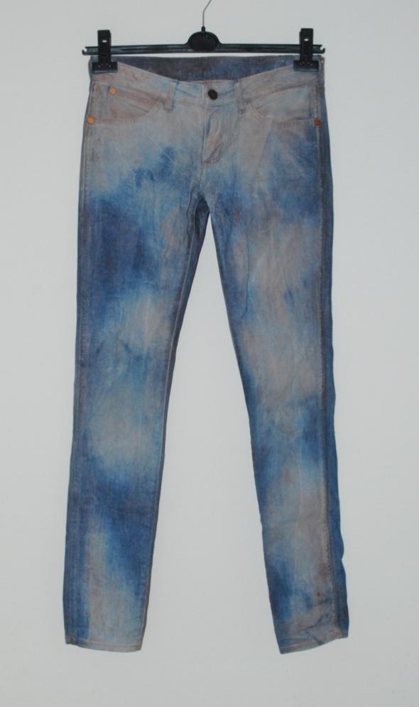 jeansy wrangler 28 32...