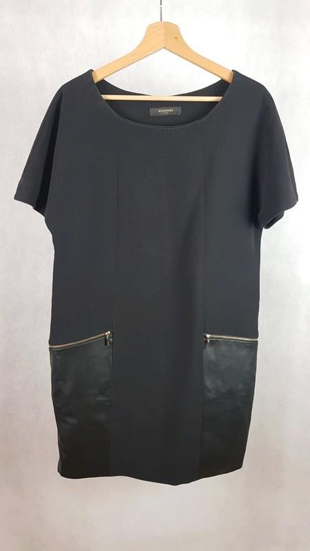 Suknie i sukienki Czarna sukienka Reserved 40