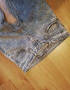 Szare marmurkowe jeansy...