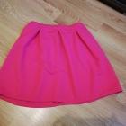 Różowa neonowa spódniczka