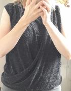 Imprezowa bluzeczka ze srebrną nitką Orsay...