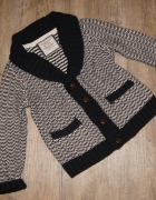 Sweterek sweter chłopiec Rebel czerń i biel rozm 128...