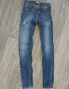 jeansy przetarcia S