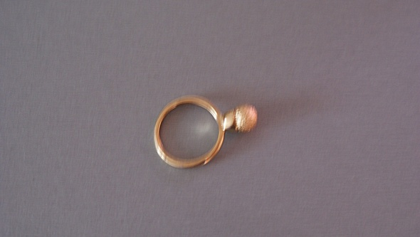 Pierścionki pierścionek w kolorze złota z oczkiem