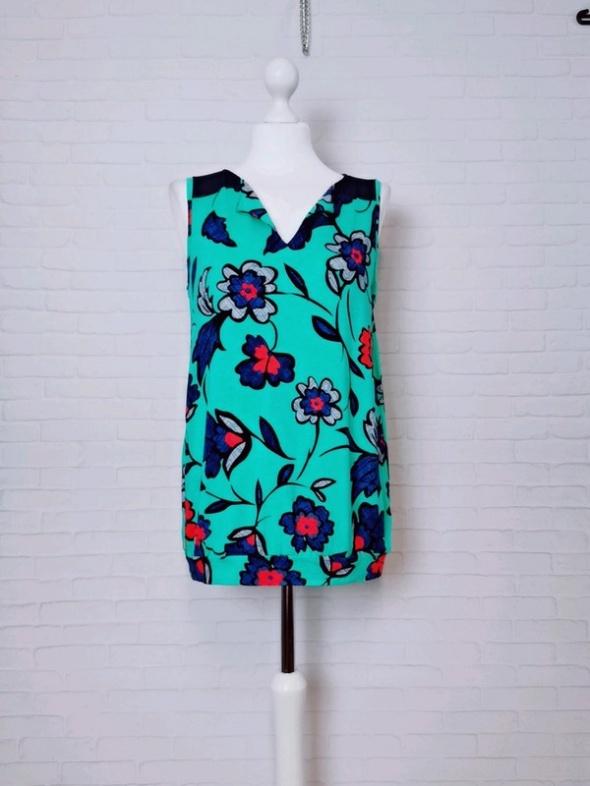12 40 L Next Miętowa bluzeczka w kwiaty...