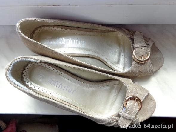 Półbuty sandały czółenka zamsz beżowy 37 ecru nude...