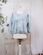 10 38 M ZARA Niebieska bluzeczka...