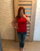 Czerwona bluzka z łańcuszkiem Mohito