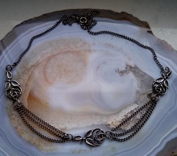 Stary srebrny naszyjnik Warmet róże