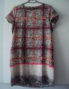 trapezowa sukienka w panterke...