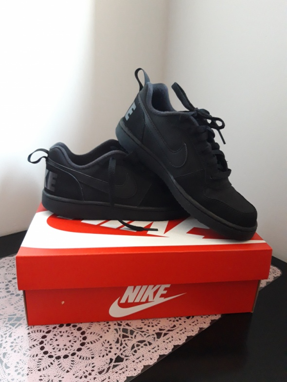 Czarne Nike unisex 36 365...