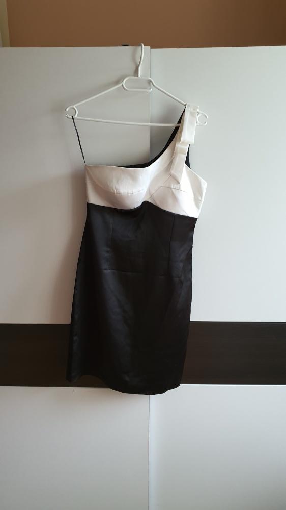 Nowa sukienka na jedno ramię M
