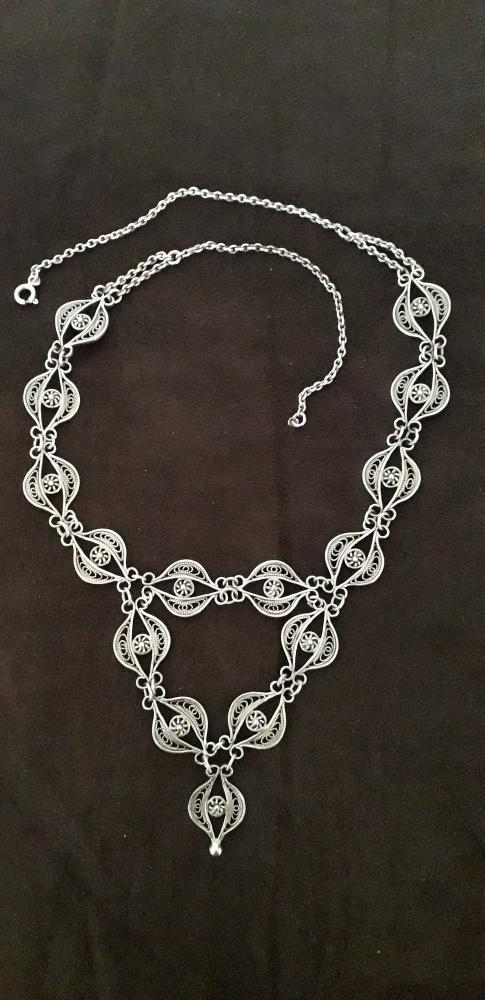 Stary srebrny naszyjnik Imago Artis
