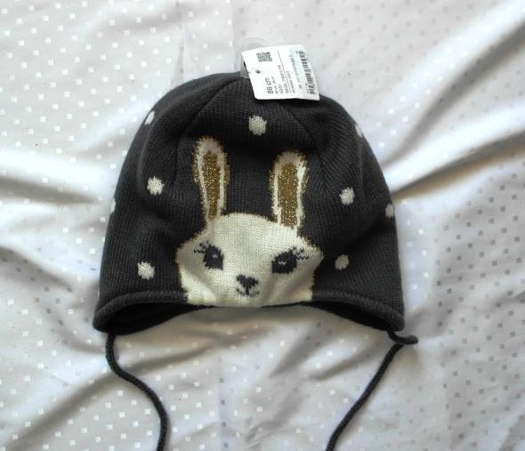 Nowa czapka ciepła 86
