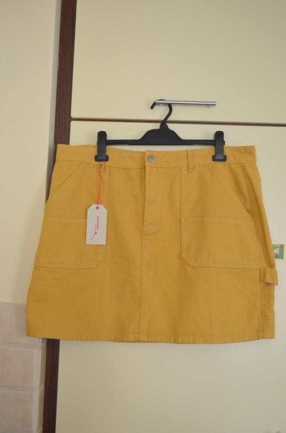 Musztardowa jeansowa spódniczka 50...
