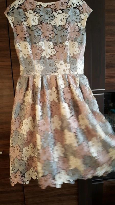 Sukienka gipiura L