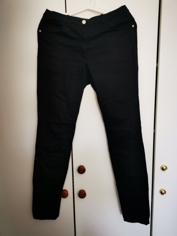 Spodnie Czarne spodnie HM