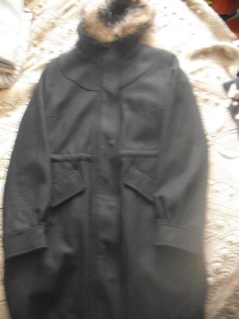 Nowy czarny płaszcz parka z wełną Mohito M...