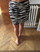 Biało czarna spódniczka mini rozm S...