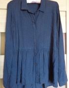Koszula w kratę z baskinką...