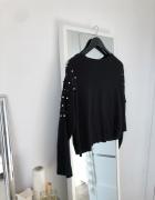 sweterek z perełkami luzny krój...