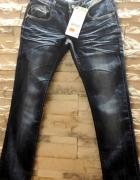 Nowe przecierane mięte jeansy...