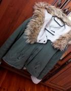 Bardzo ciepła kurtka khaki zimowa futerko...