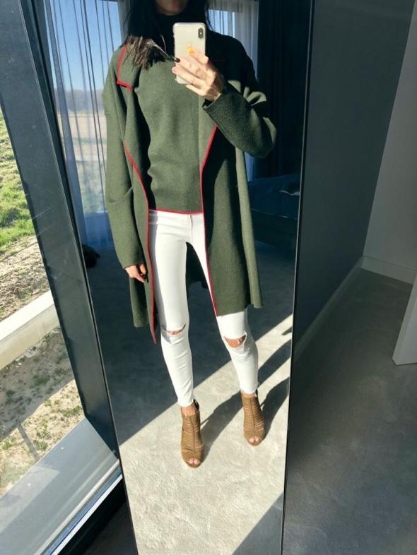 Komplet sweter z golfem