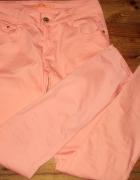 Koralowe spodnie rozmiar 38...