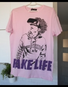 Bershka nowa koszulka z nadrukiem print fake life pudrowa różow...