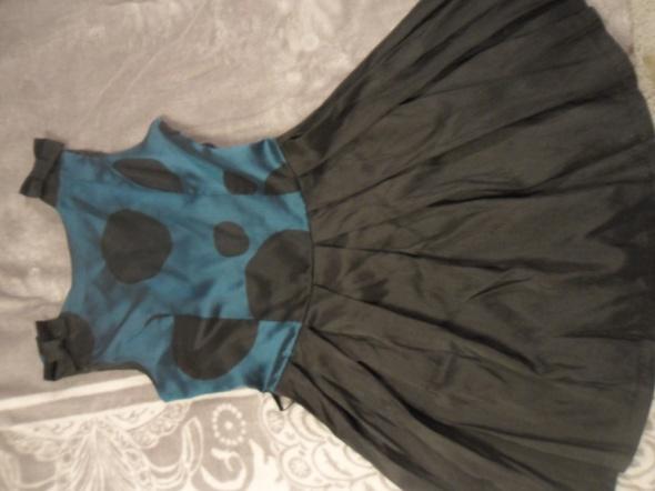 letnia sukienka z tafty