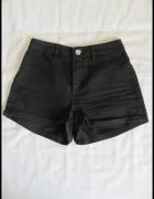 H&M czarne krótkie spodenki szorty rozmiar 34 XS...