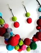 Kolorowy zestaw w stylu folk korale i kolczyki...
