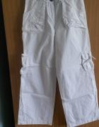 Białe spodnie bojówki S 152 cm...