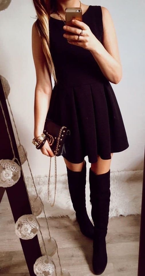 Sukienka Damska czarna elegancka M