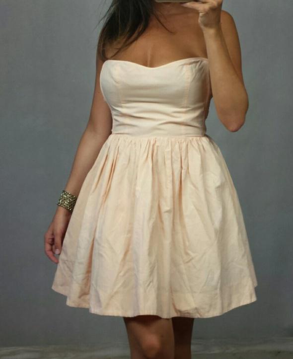 Morelowa sukienka XS...