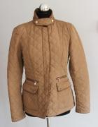 Pikowana brązowa kurteczka Zara...