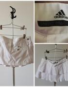 Mini biała plisowana spódnica adidas...