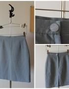 Ołówkowa szara spódnica...