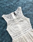 Biała sukienka H&M koronkowa na lato